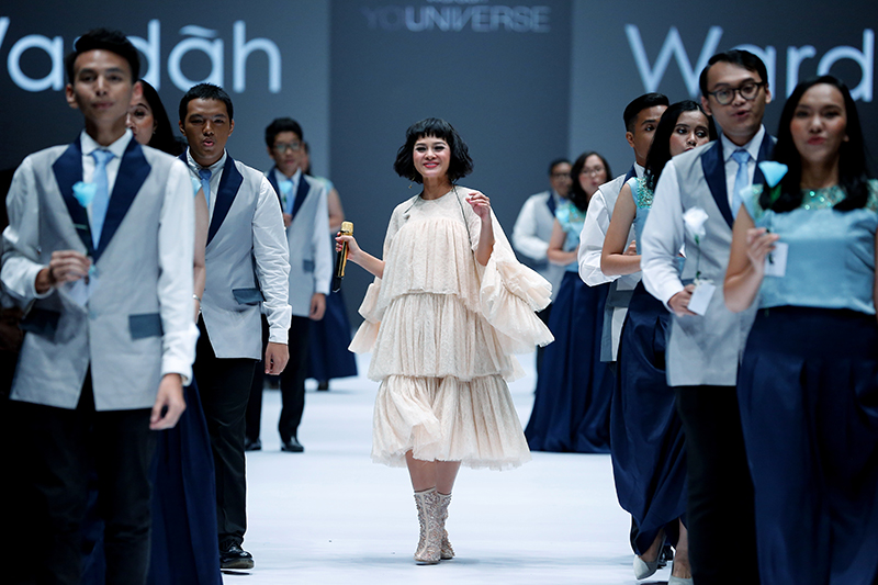 OCTOBER 23: A model walks the runway of Wardah featuring Spring Summer 2017 collection by Dian Pelangi during the Jakarta Fashion Week 2017 in Senayan City, Jakarta.